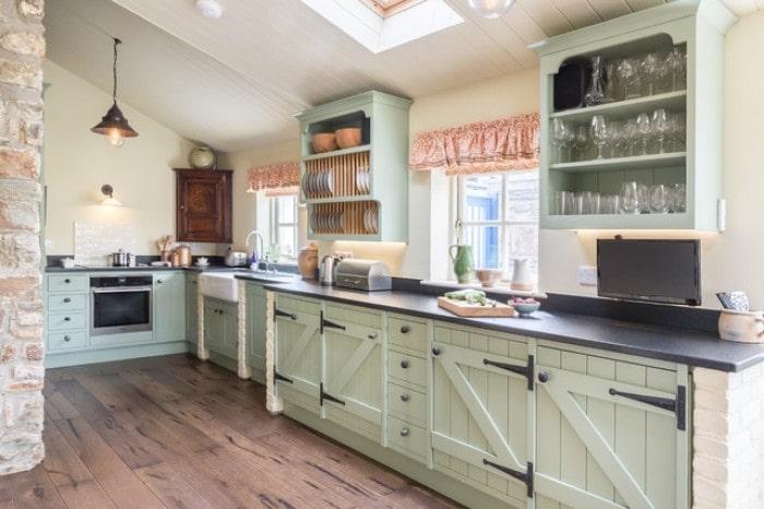 Mẫu bếp dành cho biệt thự hiện đại đẹp mê mẩn 3