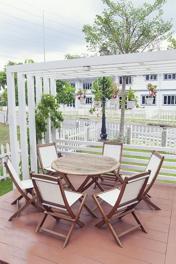 Thiết kế mẫu biệt thự đẹp 2 tầng giản dị và xanh mát với sân vườn trong lành - 7
