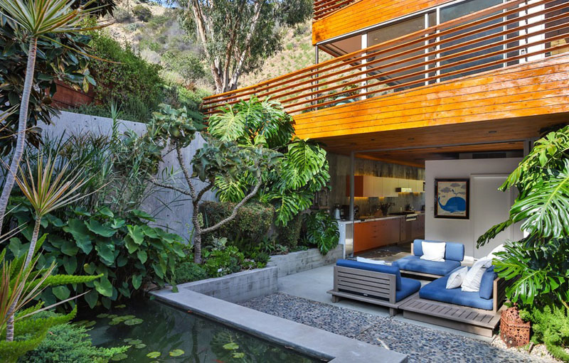 Mẫu biệt thự đẹp ốp gỗ trên đồi Hollywood - 07