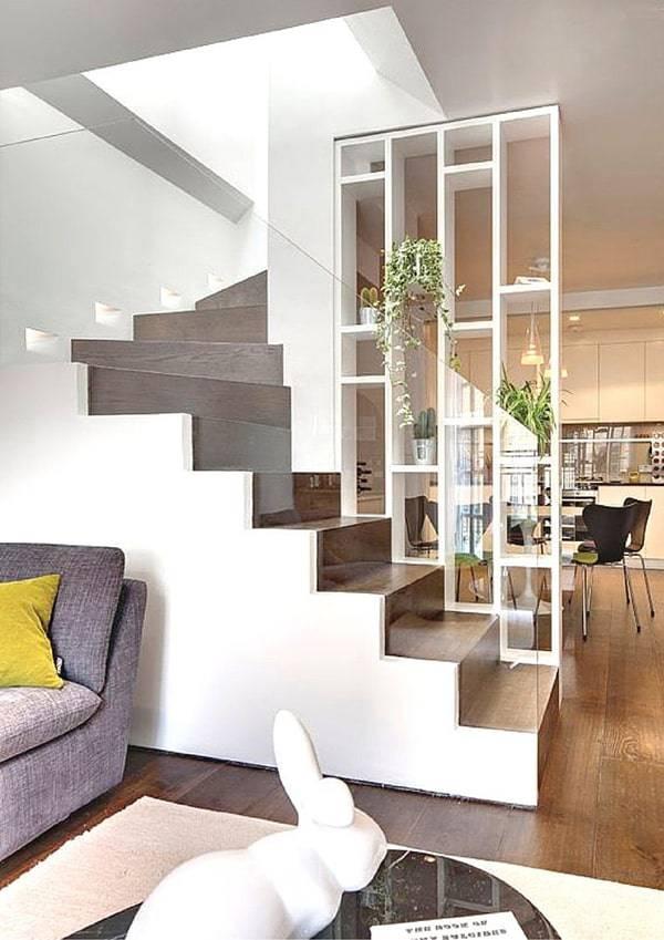 Mẫu biệt thự mái thái 3 tầng lệch phong cách tân cổ điển - Phòng khách