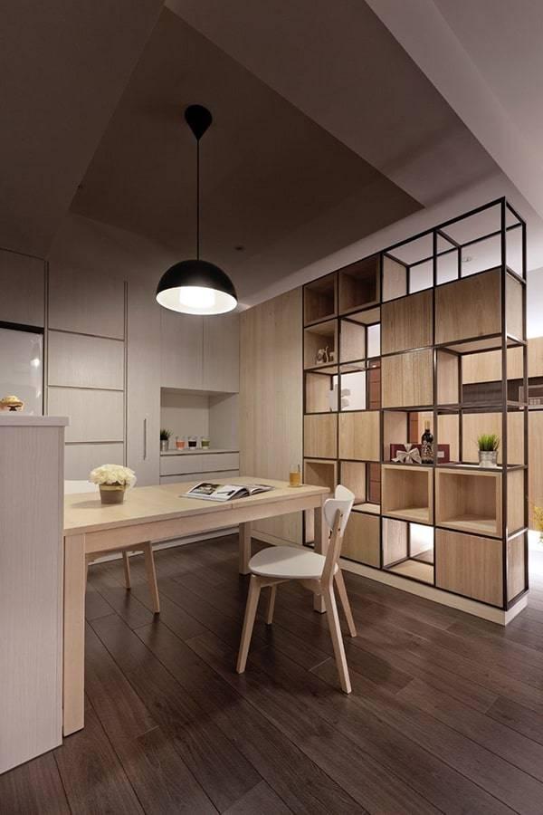 Mẫu biệt thự mái thái 3 tầng lệch phong cách tân cổ điển - Không gian làm việc