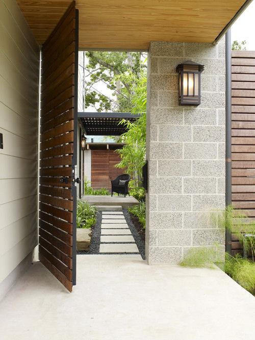 Cổng của mẫu thiết kế biệt thự cổ điển sang trọng