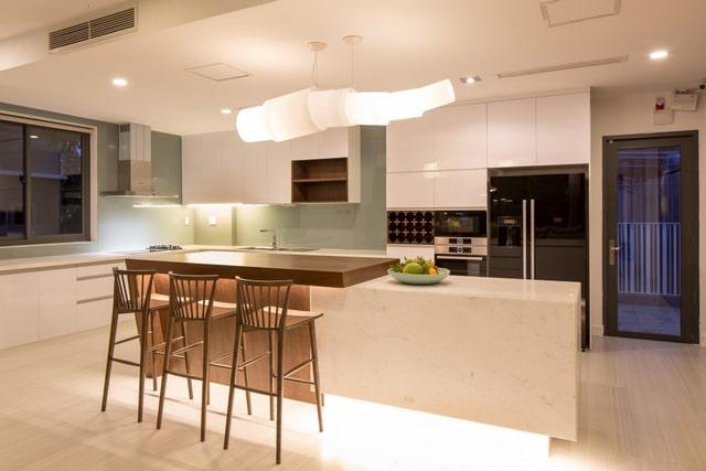 Thiết kế biệt thự 2 tầng đơn giản với nội thất gam trầm 5