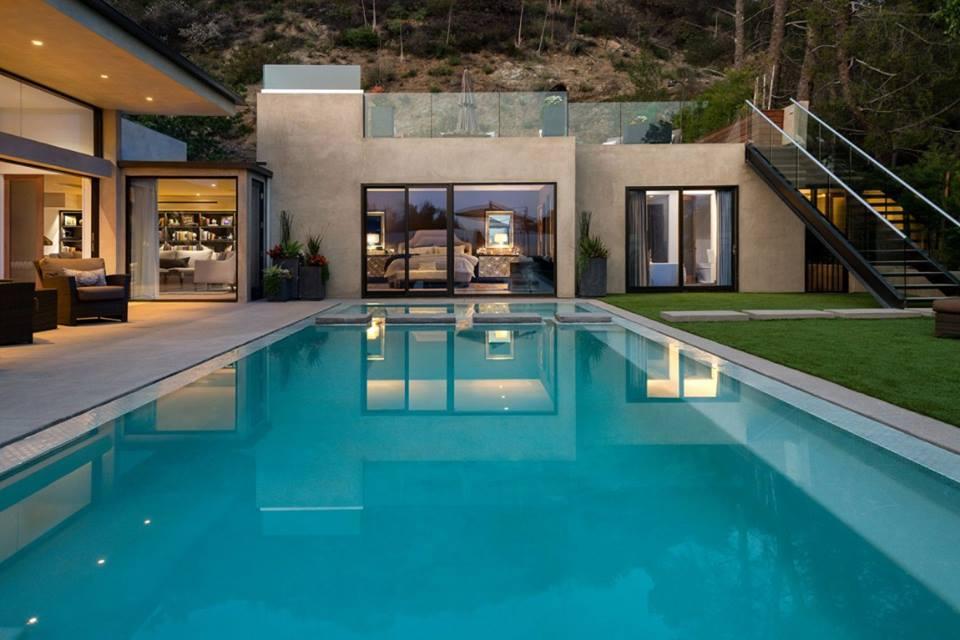 Thiết kế biệt thự đẹp có hồ bơi 4