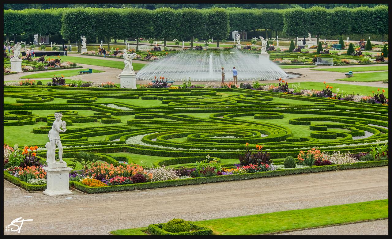 Thiết kế sân vườn Châu Âu cho mẫu biệt thự đẹp - 3